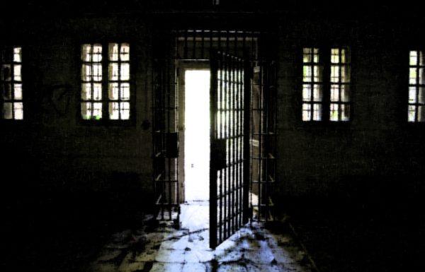 По закону пересчета сроков «день за полтора» на свободу выйдут 14 тысяч заключенных