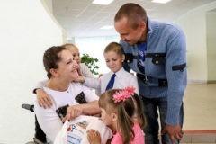 Как живут Любовь в инвалидной коляске, муж и четверо детей