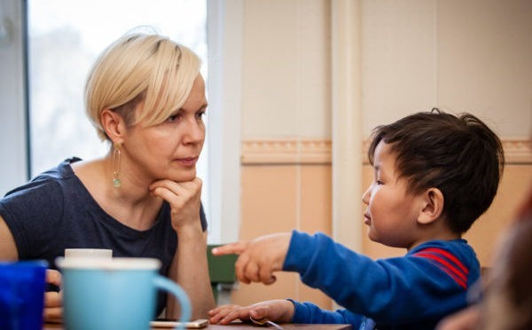 Теперь никто не говорит «спасибо, что берёте ребёнка» — как изменилось отношение к приемным семьям