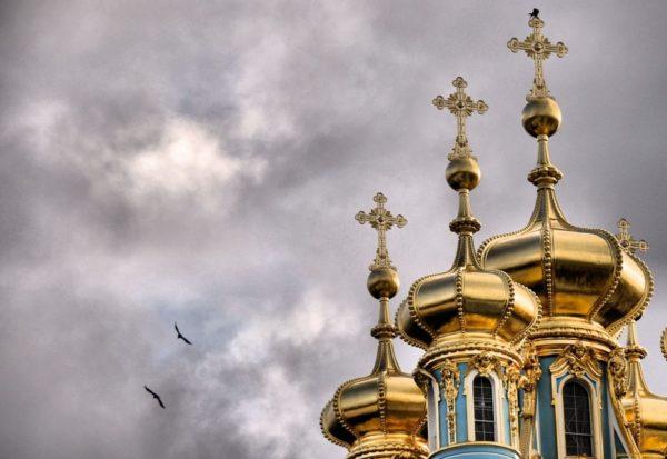 Тысячи верующих из Одессы не могут попасть на крестный ход в Киеве