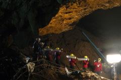 Историю спасения детей из пещеры в Таиланде экранизируют
