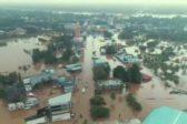 В Индии сильнейшее за сто лет наводнение: погибли более 350 человек