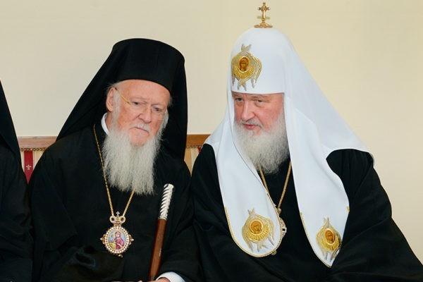 В Стамбуле проходит встреча Московского и Константинопольского Патриархов