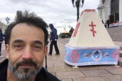 Актер Дмитрий Певцов поработал трудником в Псково-Печерском монастыре