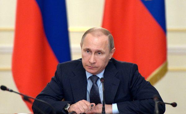 Путин: Пенсионный возраст для женщин будет повышен на 5 лет вместо восьми