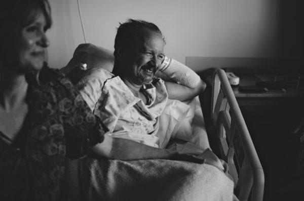 """""""Никому ваш близкий не нужен, кроме вас"""" – что должны знать близкие человека, который болен раком"""