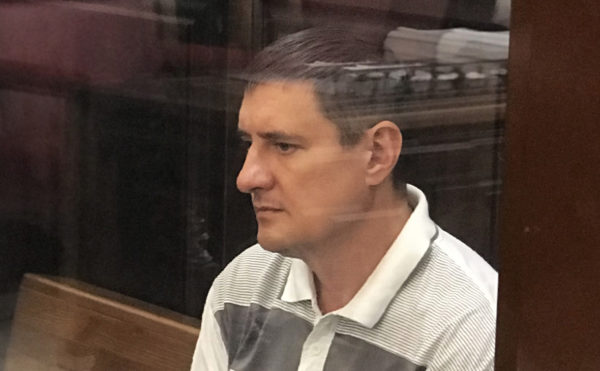 Обвиняемый по делу о пожаре в «Зимней вишне» пожарный попытался покончить с собой