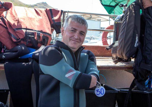 Дайвер без рук и ног установил рекорд России при погружении в Черном море