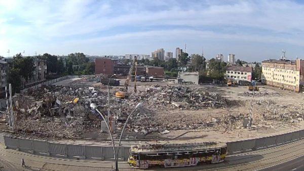 В Кемерово полностью снесли сгоревшее здание ТЦ «Зимняя вишня»