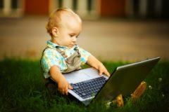 Родителям посоветовали заключать с детьми договоры о компьютерных играх