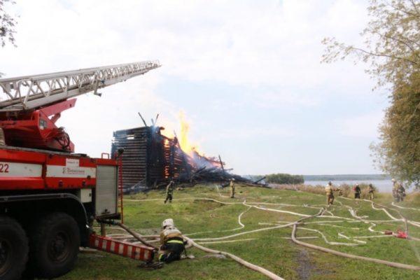 Сгоревшую в Карелии Успенскую церковь планируют восстановить