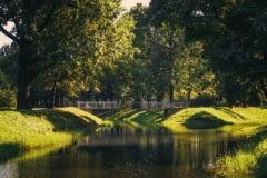 Старшеклассники избили в Таврическом саду Петербурга школьного учителя