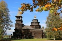 Реставраторы выпрямили новгородскую колокольню, прозванную «пизанской башней»