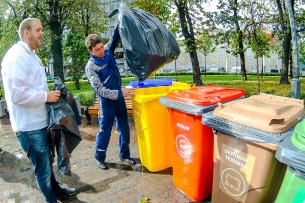 «Мы узнали, что одна батарейка убивает ежика» – как провести мусорную реформу в своем дворе
