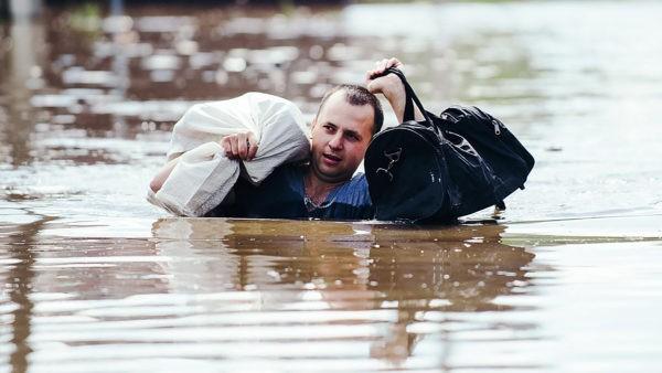 «Холодильники всплывали, как пробки» – как люди спасали Забайкалье от наводнения