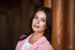 Оксана Федорова: Брать на себя всю людскую боль – неправильно, но если ты что-то можешь – нужно делать