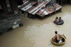 Тайфун «Мангхут» на Филиппинах и в Гонконге (фото, видео)