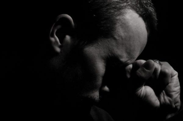 «Страдаешь? Это крест!» – удобно отгородиться такими словами от чужой беды