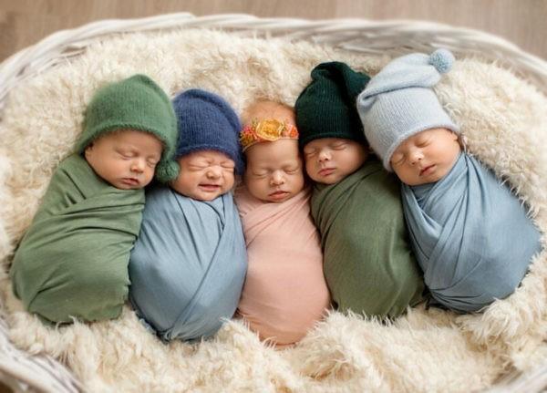 «Выходи, там тебя пятеро детей ждут» – после родов и наркоза мама очень удивилась