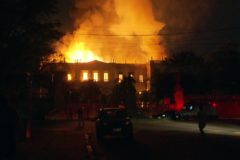 Сгорел Национальный музей Бразилии – в нем хранилось 20 млн экспонатов