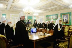 Синод утвердил молитвенные прошения о сохранении единства Православия