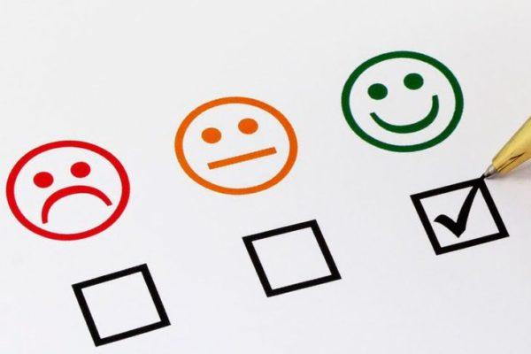 На сайте Общественной палаты запущен опрос о системе школьных оценок