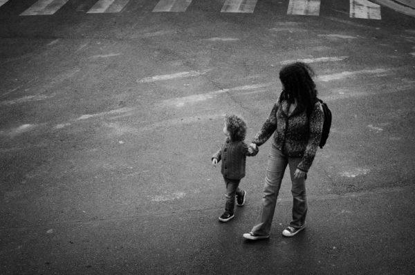 """""""Не берите моего ребёнка на руки"""" – почему это не каприз родителей"""