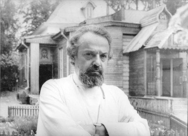 Деятели науки и культуры  просят не переносить музей протоиерея Александра Меня из Сергиева Посада в Москву