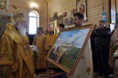 Раскольники из «киевского патриархата» разрушили старинный храм УПЦ и построили на его месте…