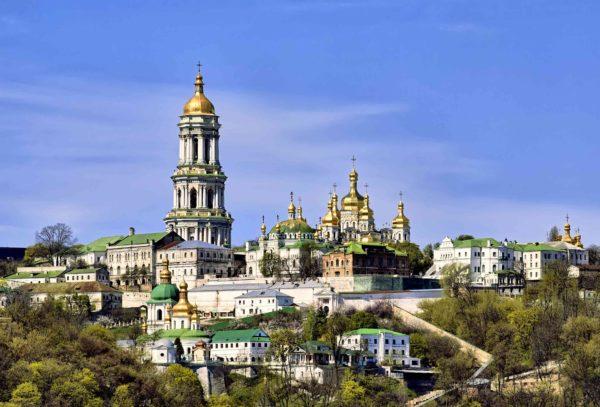 Натерритории Киево-Печерской лавры милиция задержала 122 человека,