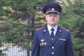 Хабаровский полицейский спас жизнь пенсионеру на борту самолета