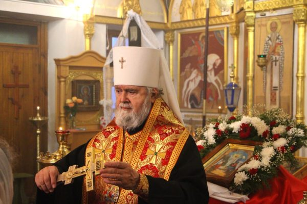 Митрополит Феодосийский Платон: Во всех храмах объявлен сбор помощи пострадавшим во время нападения на колледж в Керчи