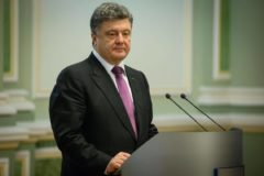 На президента Украины подали в суд за вмешательство в дела Церкви