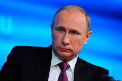 Путин поручил ввести санкции против Украины