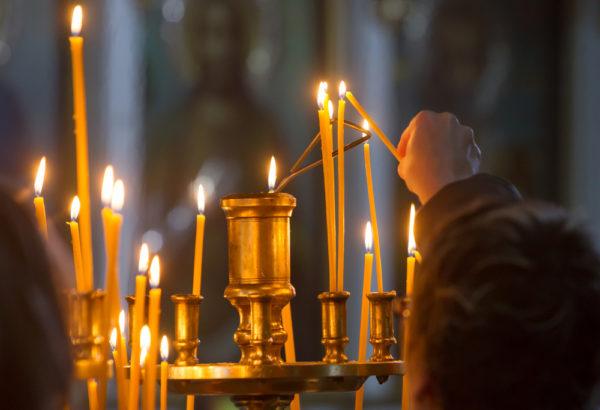 Духовенству УПЦ запрещено сослужить с клириками Константинополя, а мирянам – участвовать в таинствах в храмах Фанара