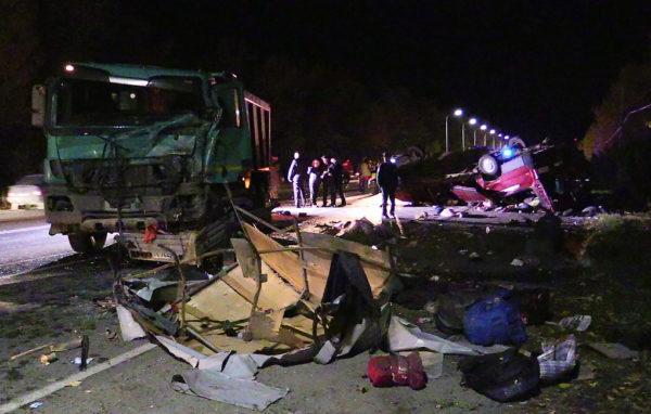 Крупное ДТП в Чувашии: Погибли 11 пассажиров микроавтобуса
