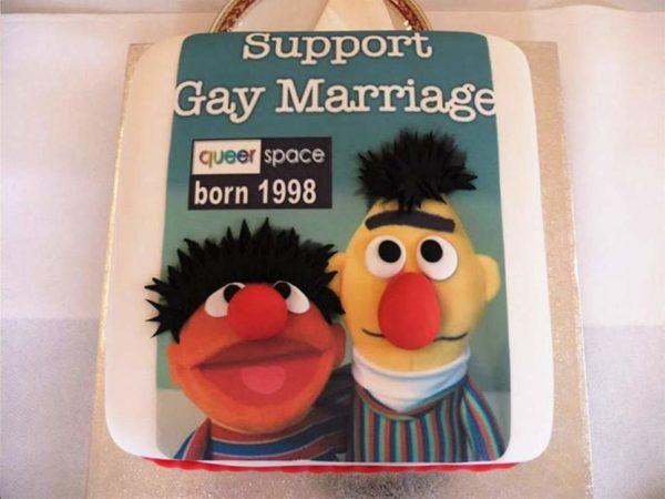 Ирландский суд встал на сторону христиан-кондитеров, отказавшихся изготовить гей-торт