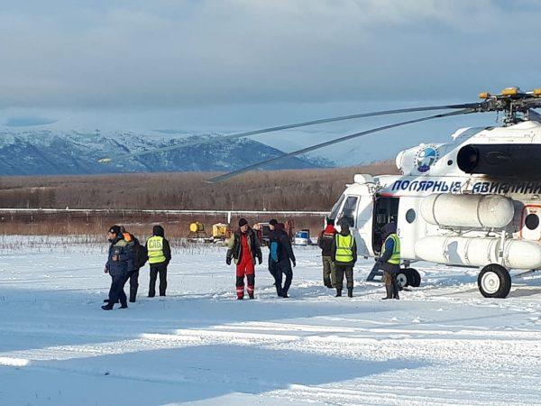 Пилот разбившегося в Якутии вертолета найден живым спустя четыре дня поисков