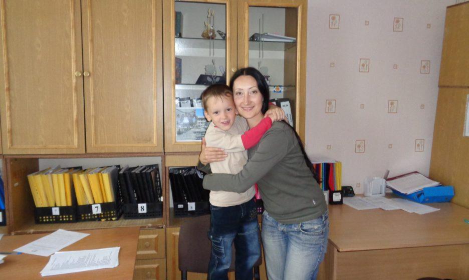 Антон в детском доме