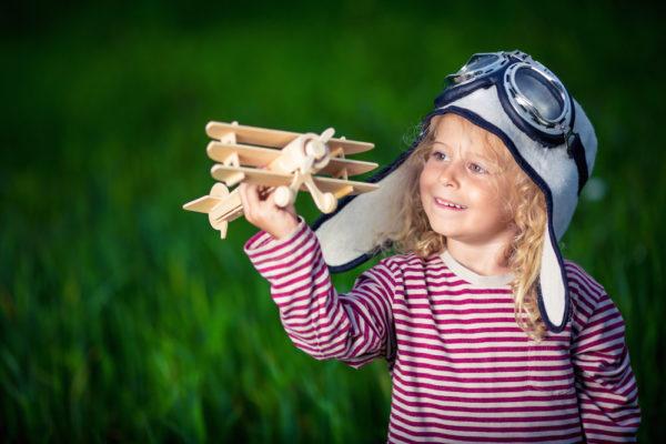Если Настя говорит: «Я хочу быть летчиком» – нет причин не стать им