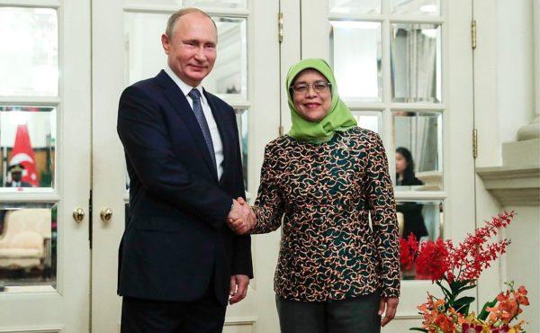 Владимир Путин заложил первый русский храм в Сингапуре