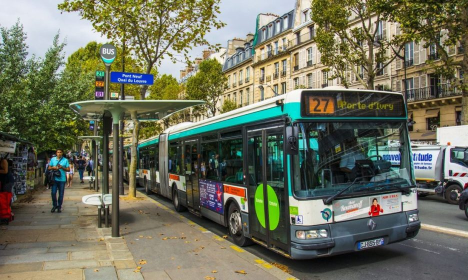 париж картинка автобусов спокойна