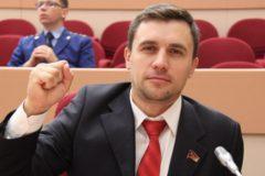 Депутат, проживший месяц «на макарошках», похудел на семь килограммов