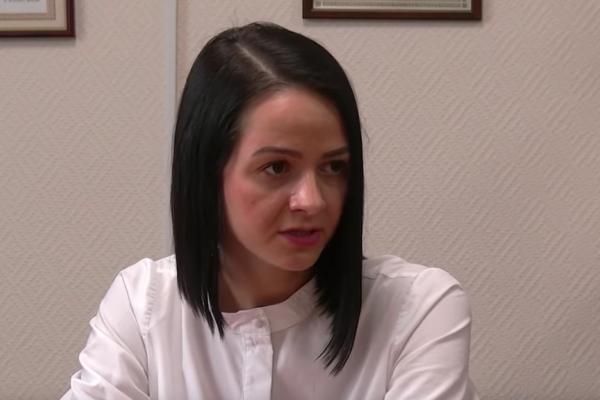 """Чиновница извинилась за слова о том, что государство """"ничего не должно"""" детям"""