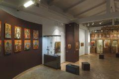 На выставке церковных древностей в Москве покажут иконы и рукописные книги