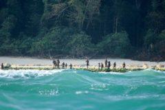 Полиция не смогла забрать тело миссионера, убитого индийскими туземцами