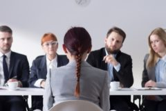 Россияне назвали лучшие способы устроиться на работу