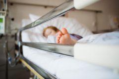 """""""Права детей не нарушены"""": почему государство отказывается выдавать положенные лекарства"""