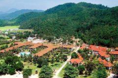 Четырех туристов депортируют из Малайзии за распространение христианских материалов