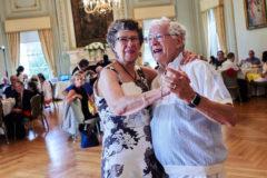 «Я подумала, что это очень хорошее предзнаменование»: как выйти замуж в 77 лет